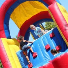 Things to do in Folsom-EDH, CA: Free Kids Games and Bounce Fun
