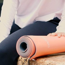 Self-Rolling Yoga Mat