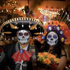 Dia de los Muertos/Day of the Dead