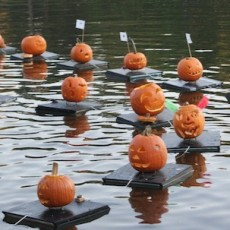 Things to do in Westfield-Clark, NJ for Kids: The Great Pumpkin Sail, Echo Lake Park