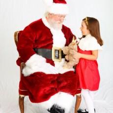 Things to do in Huntington Beach-Seal Beach, CA for Kids: Photos w/ Santa & Mrs. Claus , Bella Terra