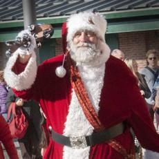Photos with Santa at the B&O