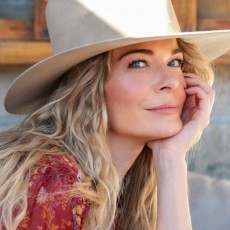 An Evening with LeAnn Rimes and special guest Johnny Gates