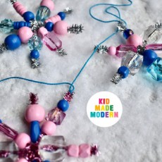 [National] Kid Made Modern Beaded Snowflake Garland