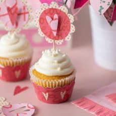 Valentines Cupcake Accents