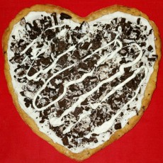 Build Your Own Valentine Dessert Pizza!