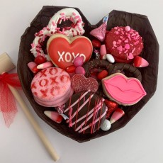 3D Breakable Chocolate Hearts