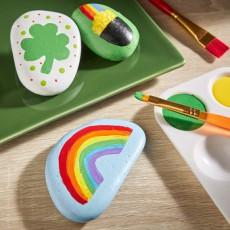 Make St. Patrick's Day Painted Rocks