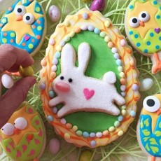EGGcellent Easter Cookie Decorating at White Chapel Projects