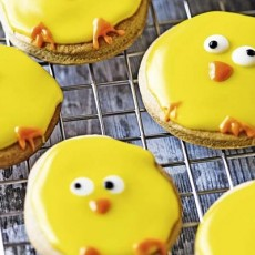 Learn to Make Easter Chick Biscuits