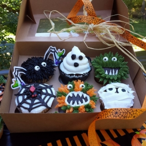 Worcester, MA Events: Halloween Cupcake Decorating