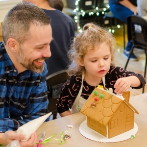 Things to do in Warwick, RI for Kids: Gingerbread Houses Class (Ages 2-8), Taste Buds Kitchen East Greenwich