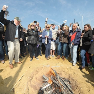 Annapolis-Severna Park, MD Events for Kids: Annapolis Oyster Roast & Sock Burning