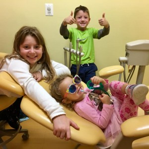 Shiny Chompers Pediatric Dentistry