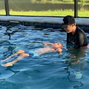 Sims Survival Swim