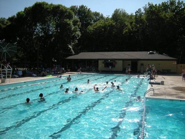 Hulafrog | Hula Hot List: 11 Places to Swim and Splash in Columbia