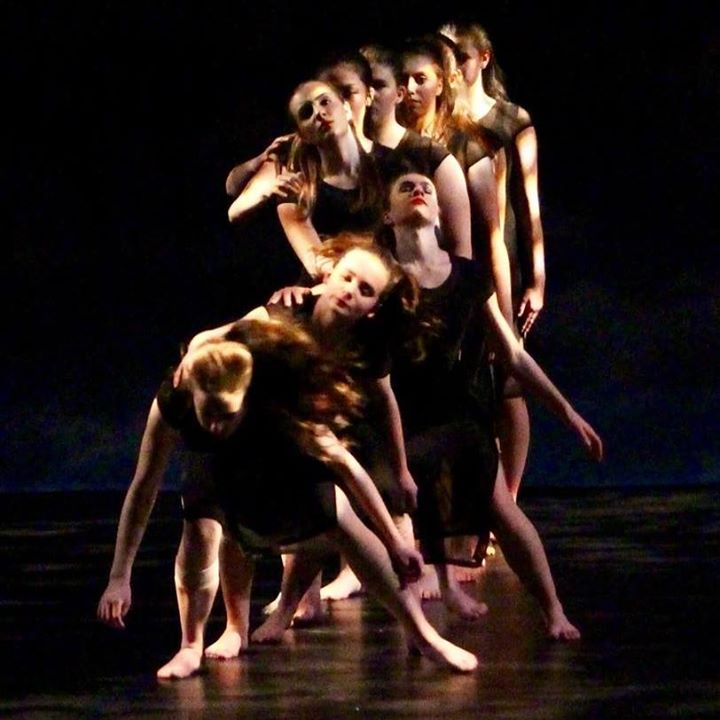 Moving Youth Dance Company
