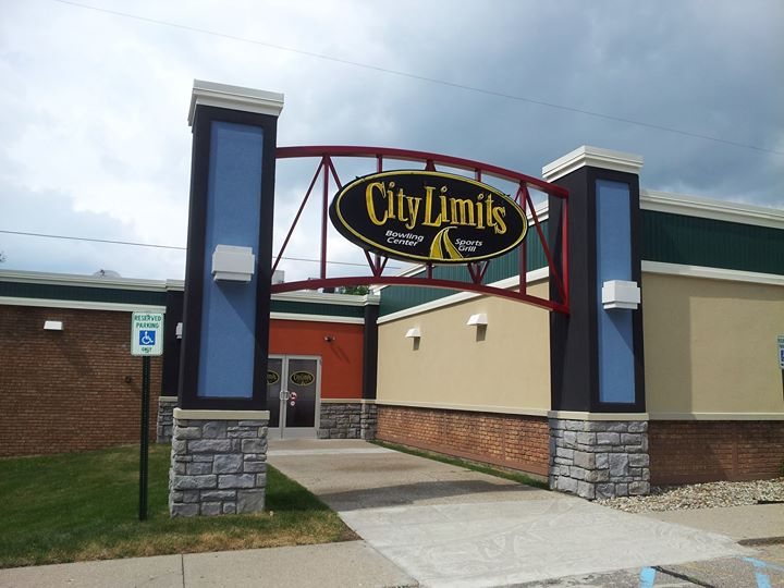City Limits East Lansing Sports Grill & Bowling Center